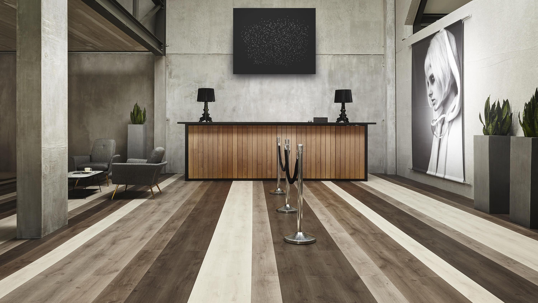 Klik Vinyl Tegels : Aangepaste spc click vinyl vloer residentiële fabrikanten en