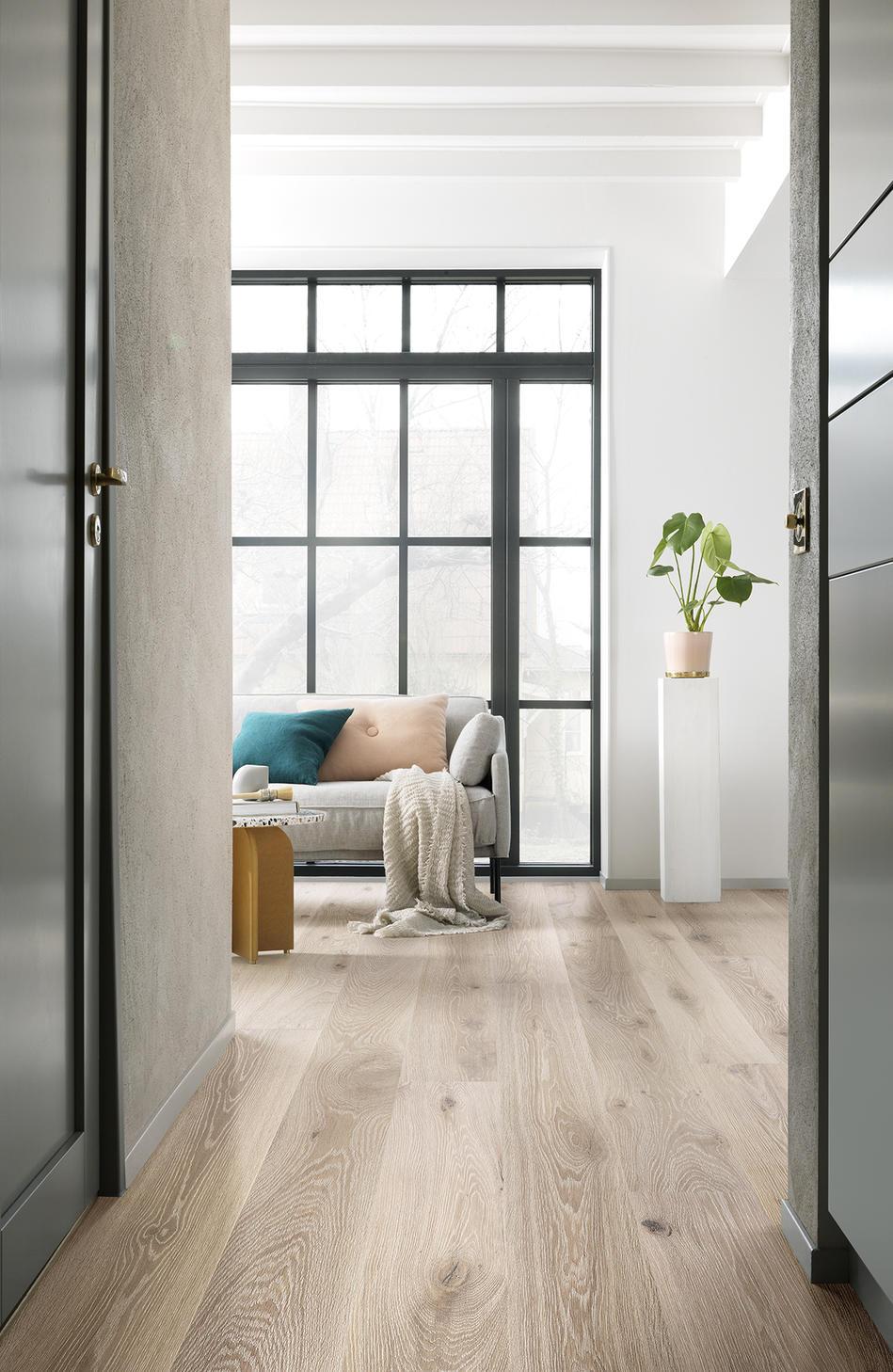 Holzboden im Eingangsbereich