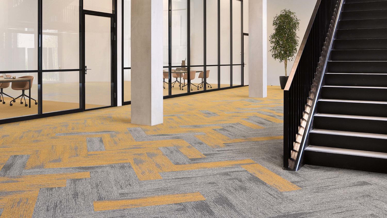 DESSO Essence Structure Tapijtplanken Installatie Visgraat