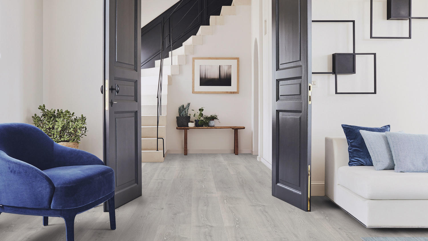 Read our comprehensive guide and follow these easy steps to lay laminate floors quickly and easily.