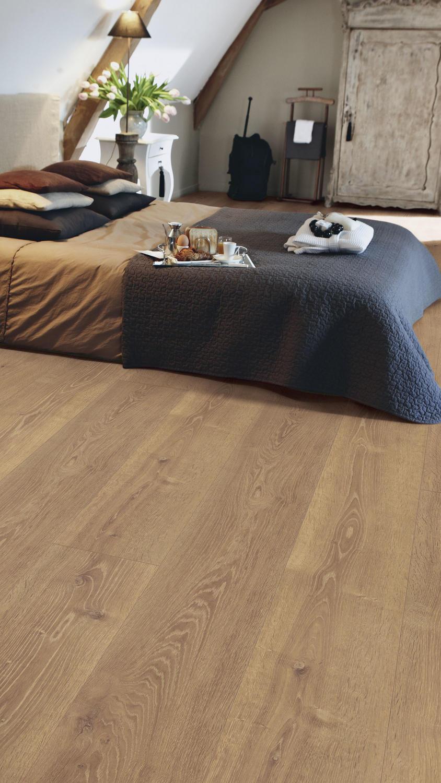 Laminaat vloer met lange planken van Tarkett