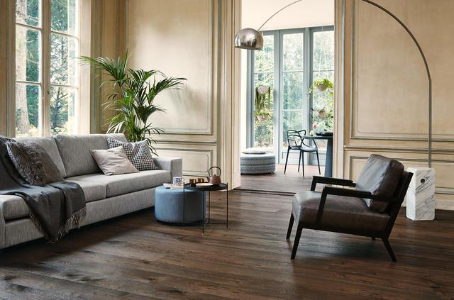 Holzböden im Wohnzimmer und Schlafzimmer
