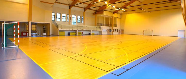 Golv för sporthallar