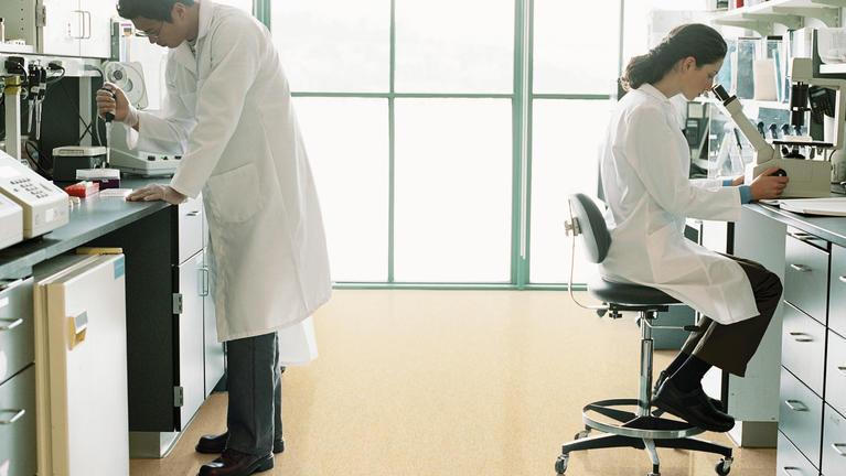Antistatiske og ledende gulv