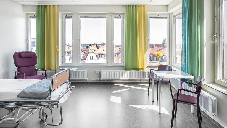 Sairaaloiden ja hoitolaitosten lattioiden palovaatimukset