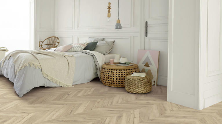 Choosing laminate floors for a bedroom
