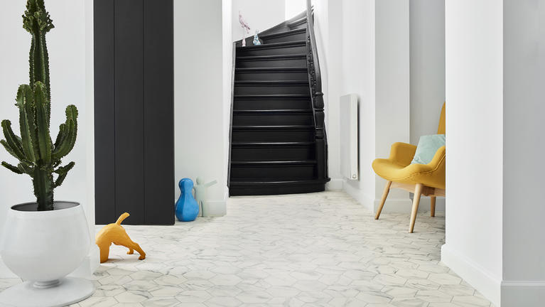 Entrance and hallway styles and trends