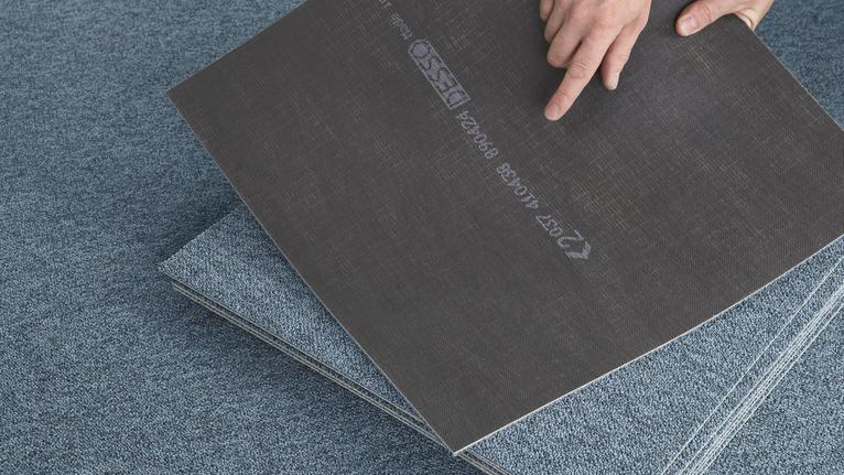 DESSO EcoBase - bitumenfreier Teppichfliesen Rücken