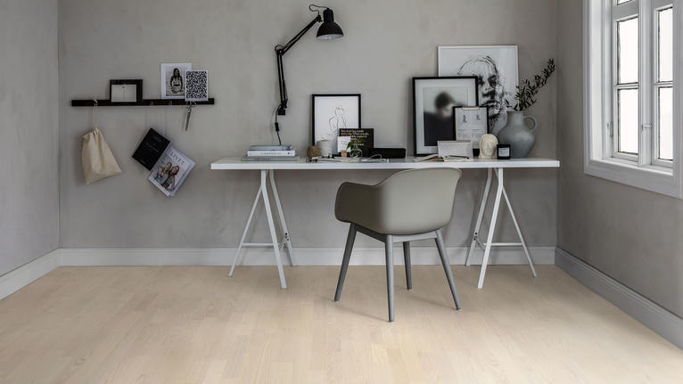Choosing wood floors for a home office