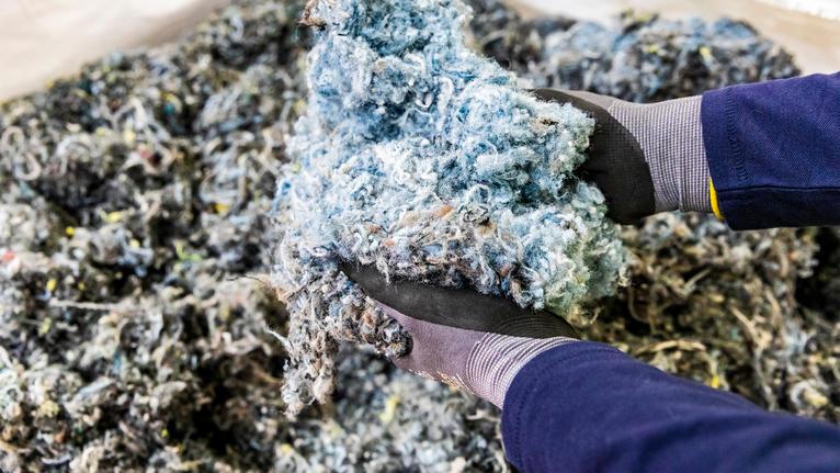 Tarkett lanserar ett nytt system för återvinning av textila golv