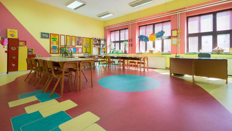 De impact van kleuren in rusthuizen en scholen