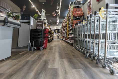 Newly Renovated Carrefour Express in Milan